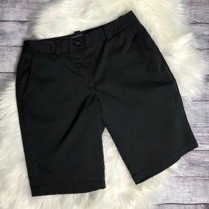 NIKE Women's Black Golf Shorts